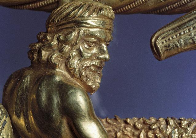 Detalle de oro que representa a un escita