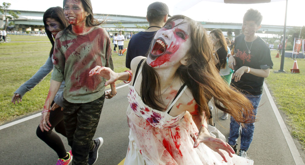 Los muertos vivientes, en antena: una emisora de radio de EEUU informa de un ataque de zombis