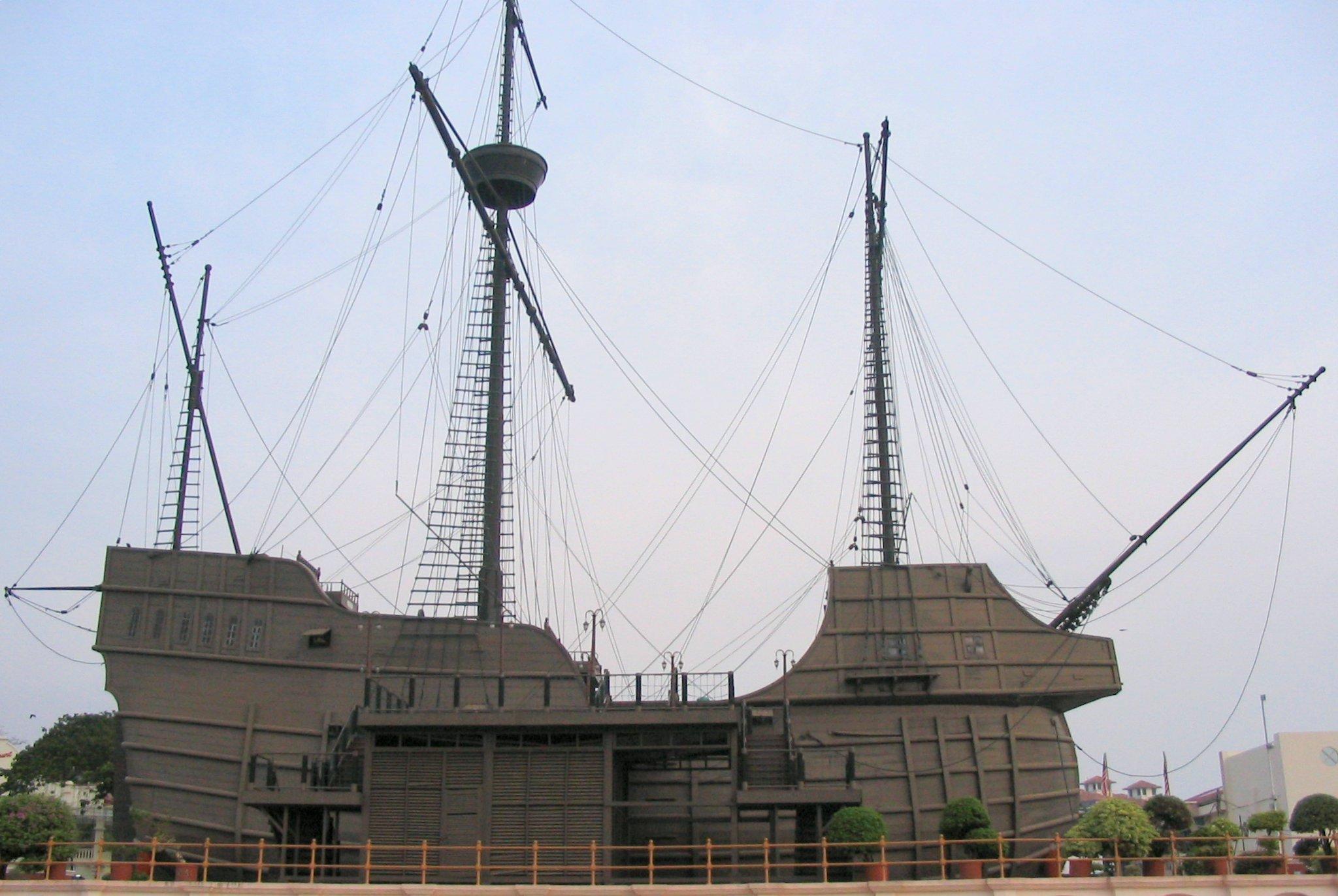 La réplica del buque portugués Flor de la Mar
