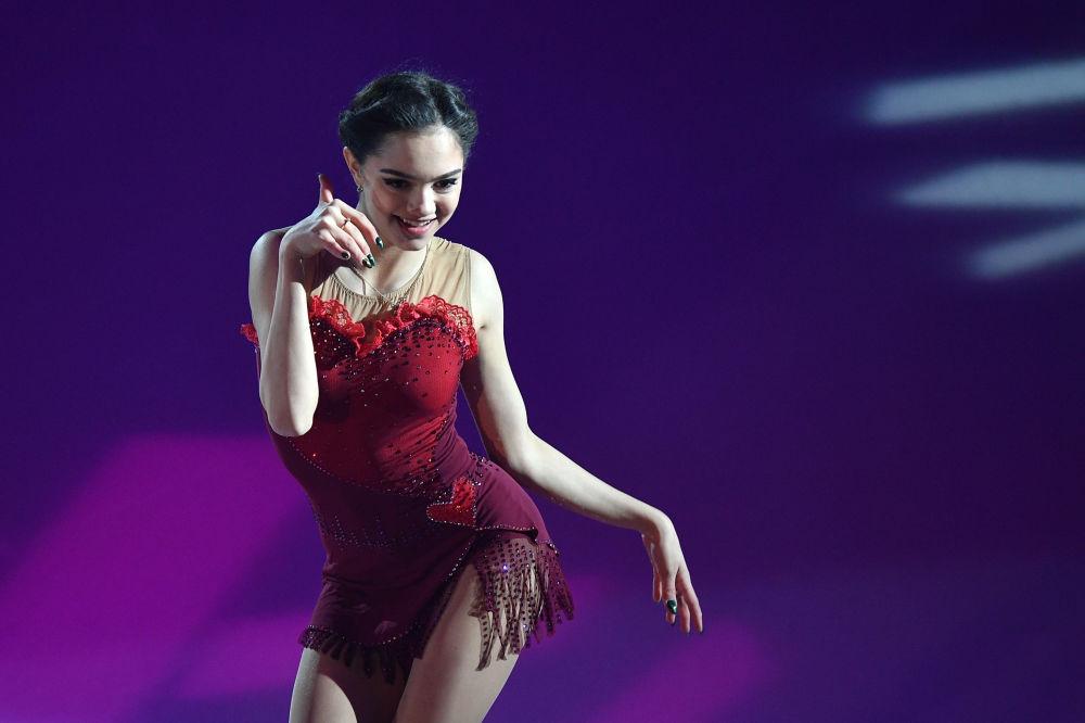 La patinadora rusa Evgenia Medvédeva