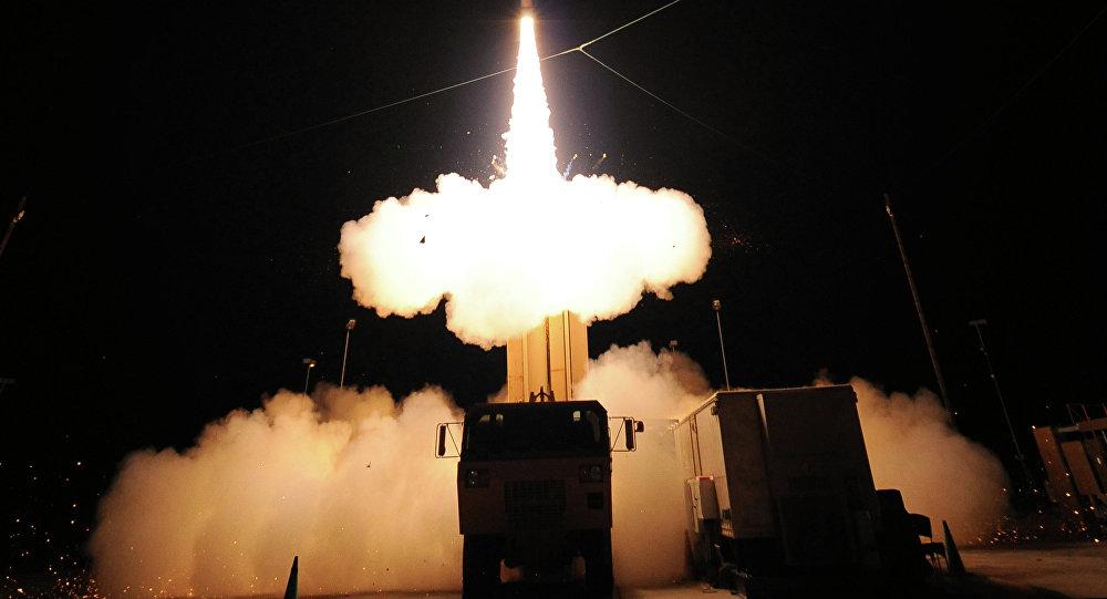 Lanzamiento de prueba de un misil THAAD (archivo)