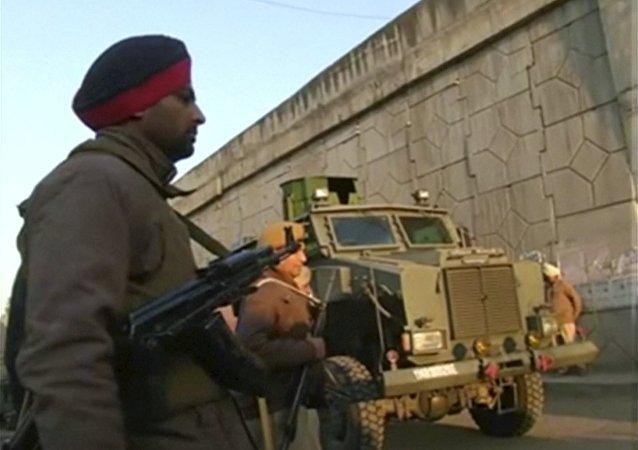 Ataque a una base de la Fuerza Aérea india