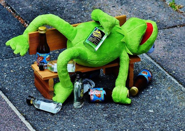 Пьяный лягушонок Кермит