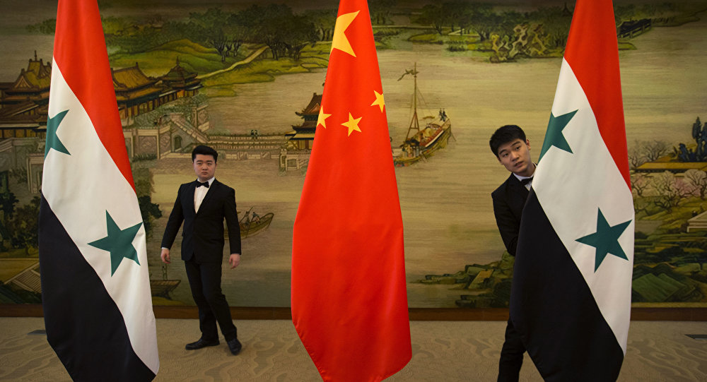 Banderas de China y Siria
