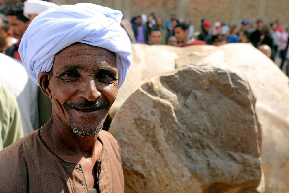 Furor arqueológico: hallan la estatua del faraón Ramsés II en El Cairo