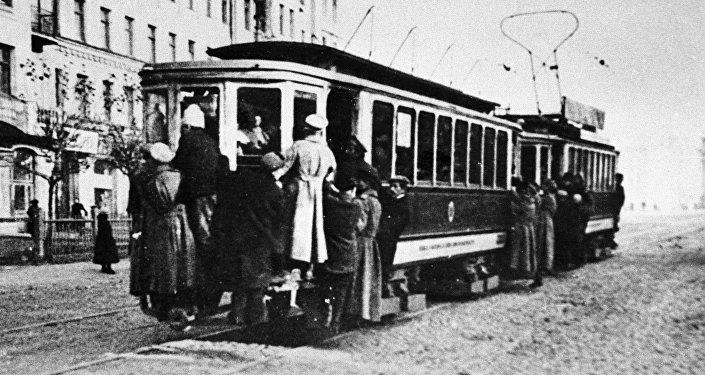 Tranvía moscovita en los años veinte