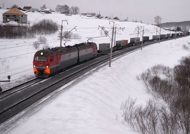 Un tren de carga en Rusia (imagen referencial)