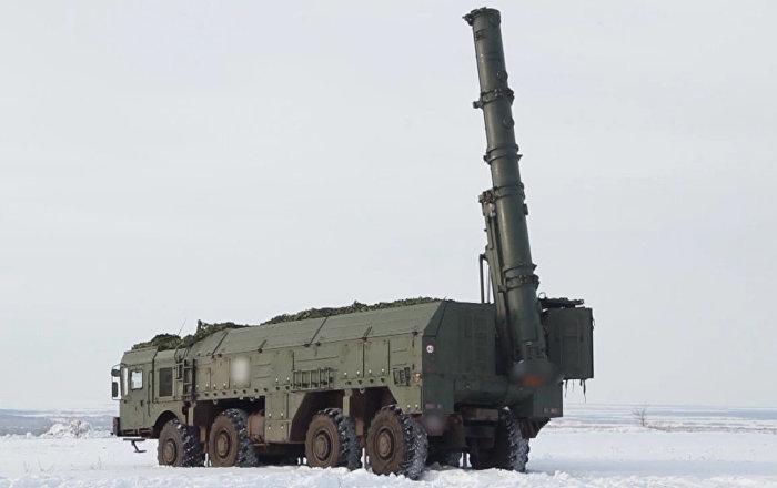 Fuerza de precisión: los Iskander aniquilan al 'enemigo' (vídeo)