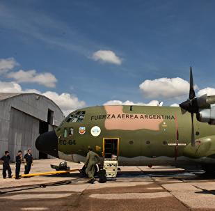 Un avión Hércules C-130 de la Fuerza Aérea Argentina