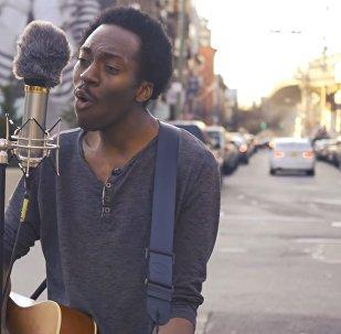 El cantante Chase Winters, en las calles de Nueva York