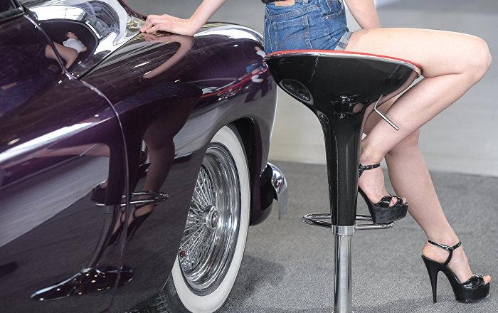 Exponen en Moscú los autos favoritos del último zar de Rusia