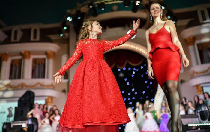Los mejores momentos del concurso infantil Joven Belleza Rusa 2017