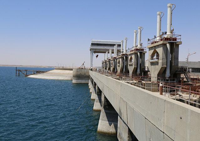 Presa de Tabqa en el río Éufrates, cerca de Al Raqa
