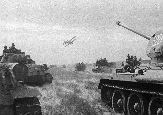La Segunda Guerra Mundial. Las tropas soviéticas durante el primer día de la guerra con Japón (archivo)