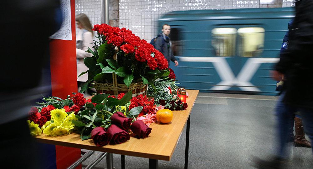 Moscú recuerda a las víctimas de los atentados terroristas en el metro en 2010