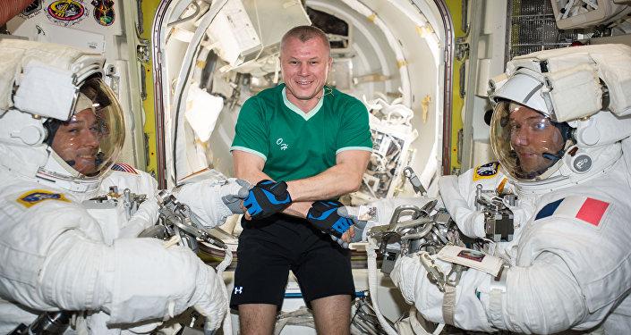 Regresan a la Tierra 3 astronautas desde la Estación Espacial Internacional