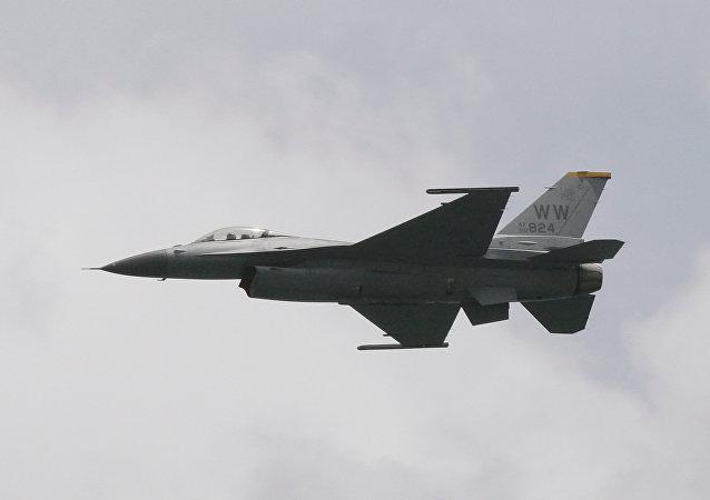 Un F-16 de EEUU (archivo)