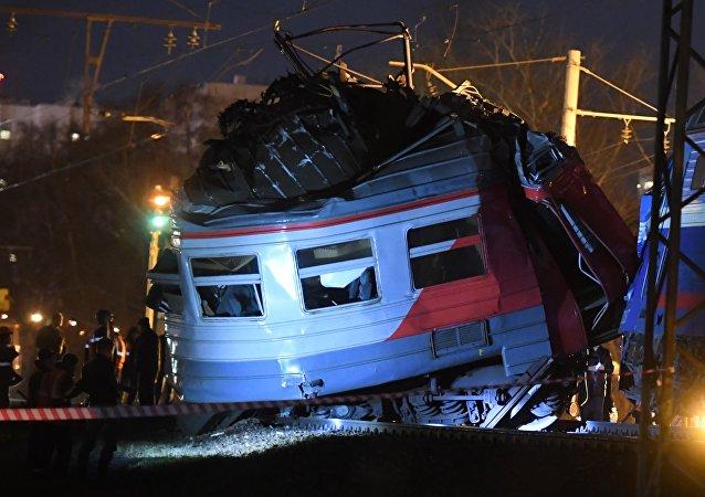 Choque de trenes en el oeste de Moscú