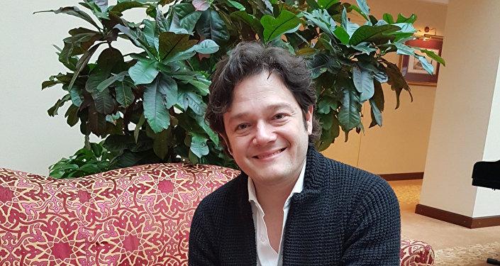 Arturo Chacón-Cruz, tenor mexicano