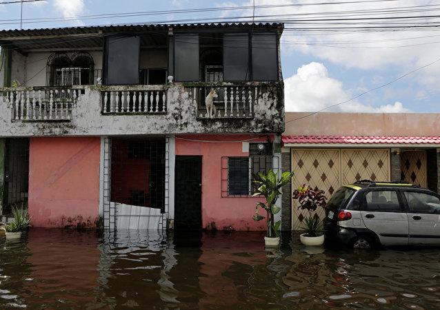 Inundacíon en Ecuador (archivo)