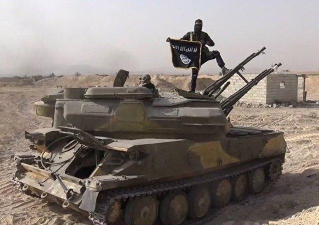 Un terrorista de ISIS en Siria (archivo)