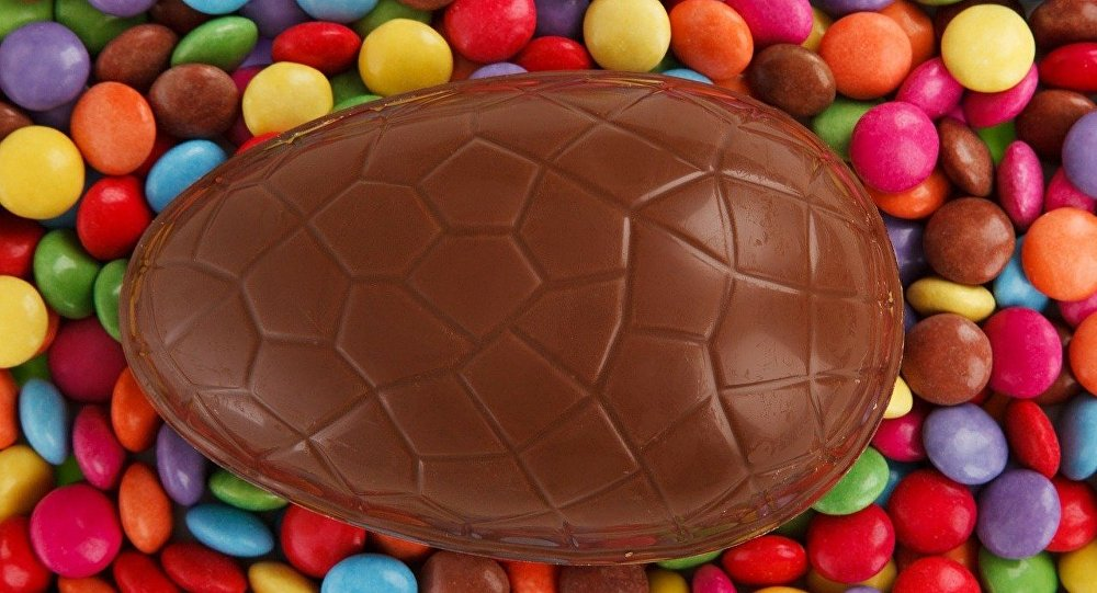 Un huevo de Pascua de chocolate