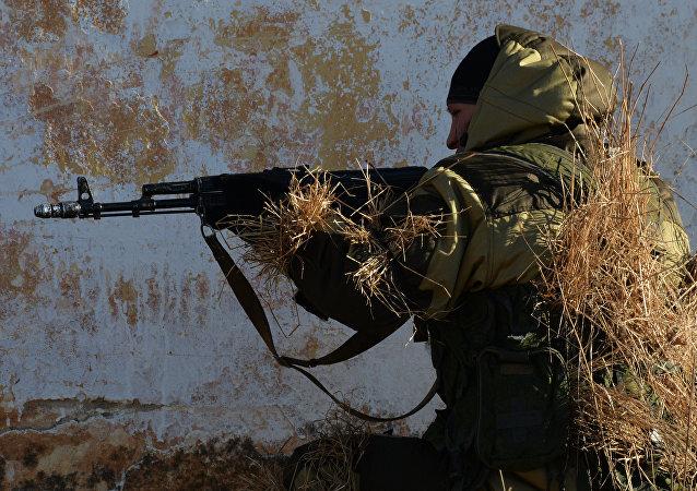 Soldado de la infantería motorizada rusa (archivo)
