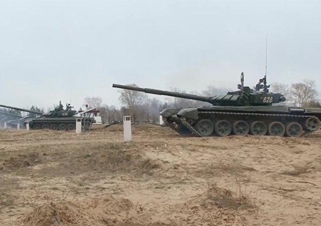 ¡Apunta y dispara! Así practican los operadores de tanques rusos