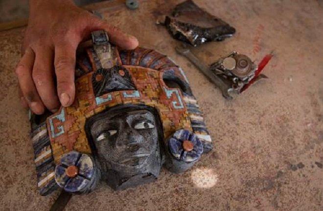 La máscara de obsidiana