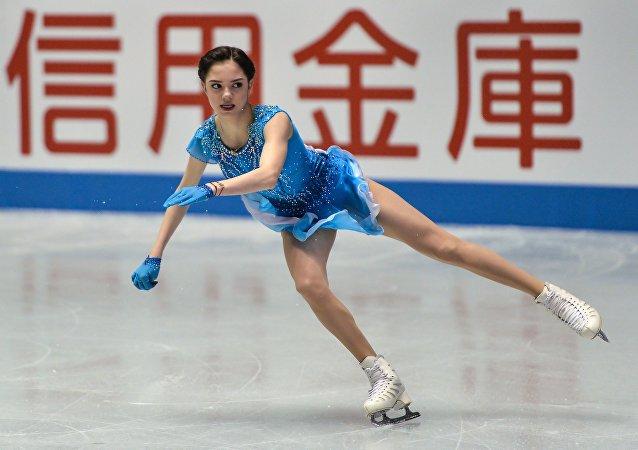 La patinadora rusa Evguenia Medvédeva durante el campeonato en Tokio