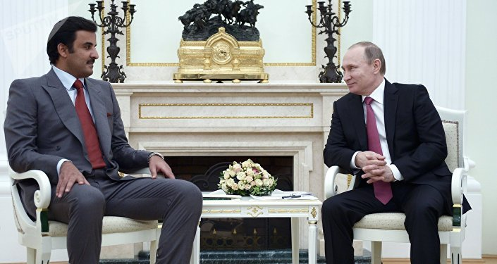 Tamim bin Hamad Al Zani, emir de Catar y Vladímir Putin, presidente de Rusia