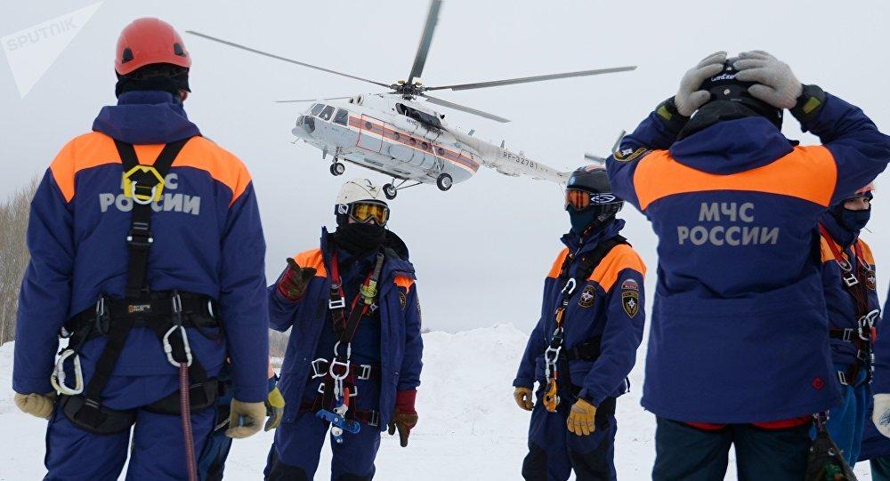 Efectivos del Ministerio de Emergencias ruso (archivo)