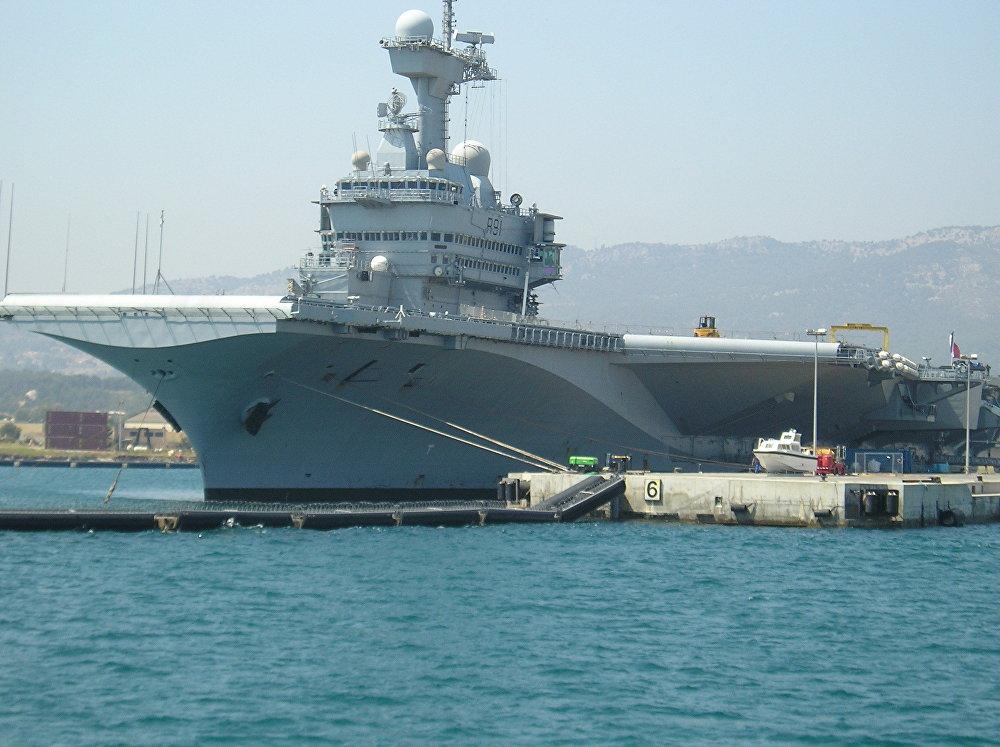 El portaviones francés Charles de Gaulle