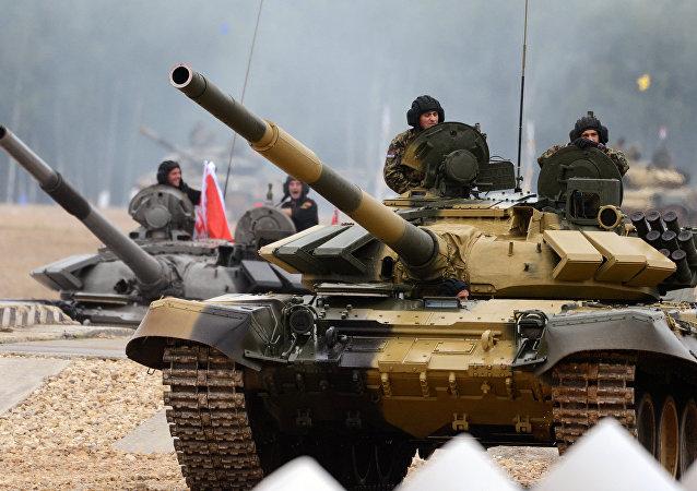 Un tanque Т-72Б3 serbio
