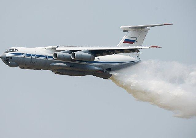 Avión Il-76