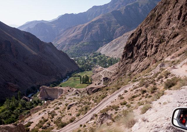 Las montañas en Tayikistán