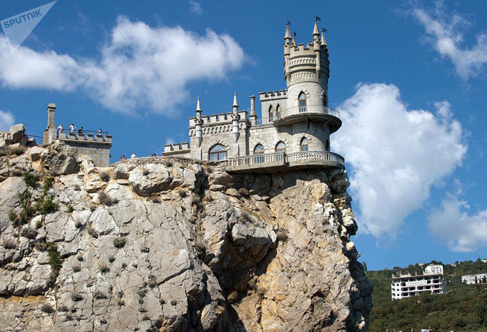 El castillo Nido de Golondrina.