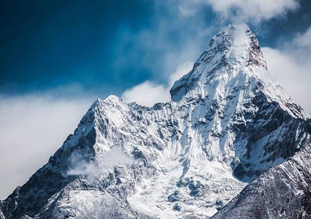 Las montañas (imagen referencial)