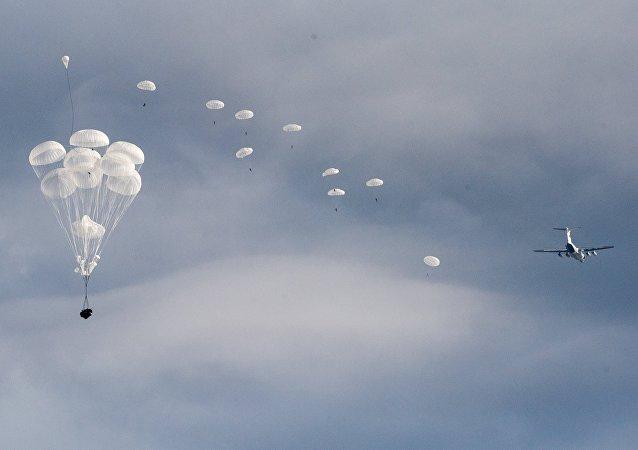 Paracaidistas rusos (archivo)