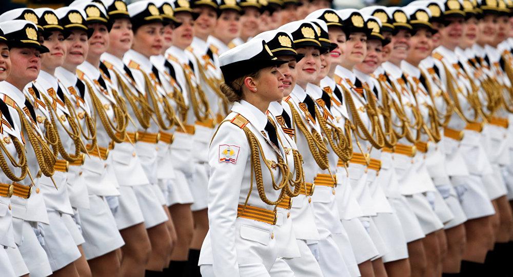 Desfile militar (archivo)