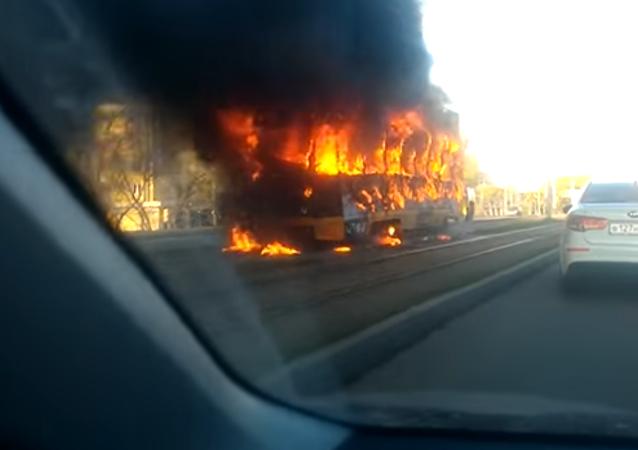 Un tranvía se incendia en Krasnoyarsk