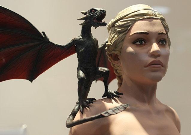 Daenerys Targaryen, la Madre de Dragones de la saga de literatura fantástica Canción de hielo y fuego