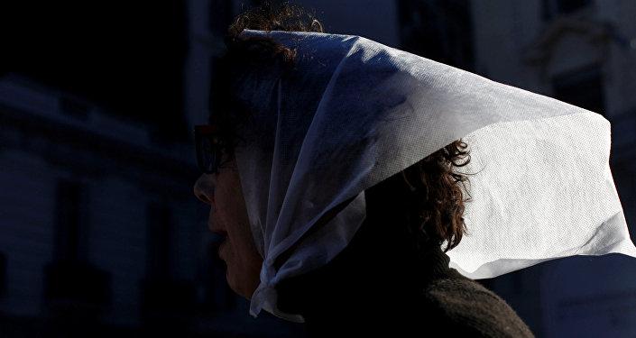 Miembro de la organización de derechos humanos Madres de Plaza de Mayo