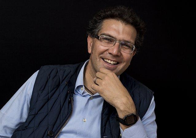 Senador mexicano, Armando Ríos Piter