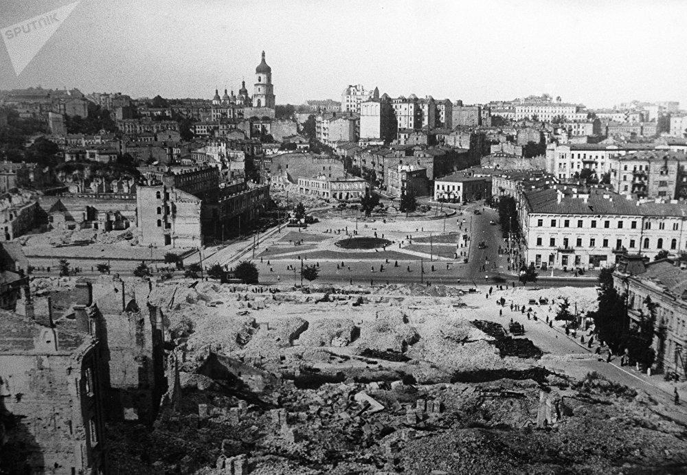 La ciudad de Kiev destruida por los nazis (1943)