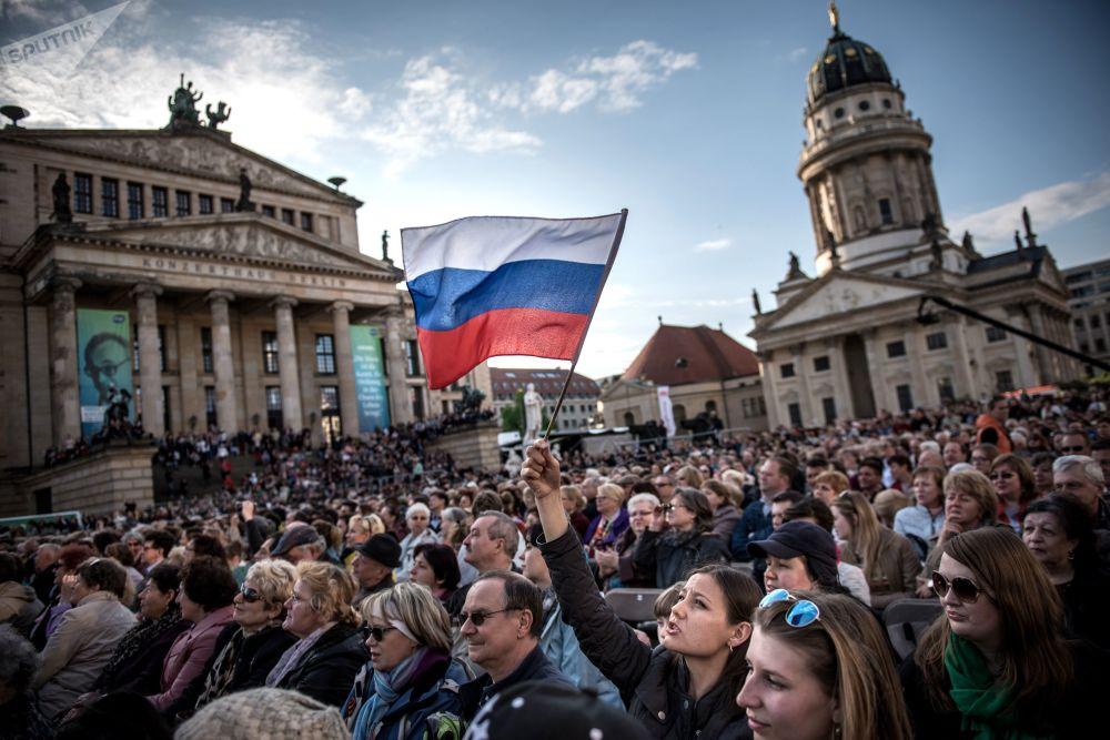 Día de la Victoria, elecciones presidenciales y arte: un resumen fotográfico de la semana