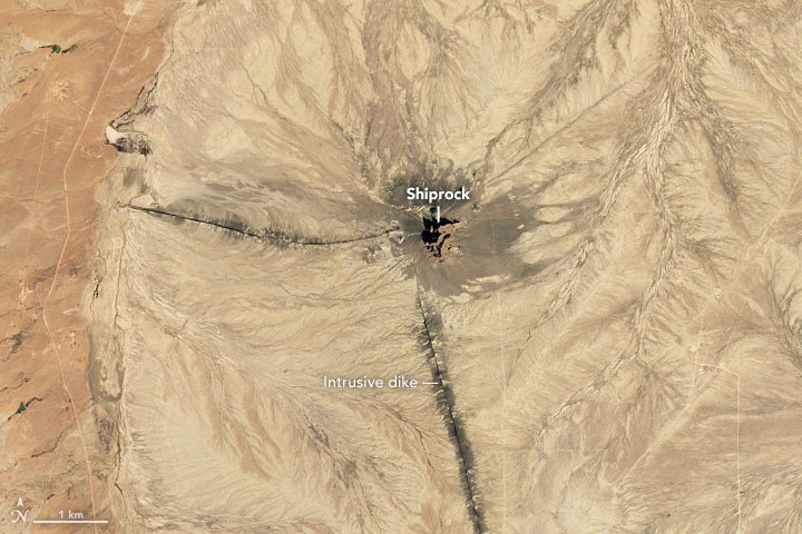 La montaña Shiprock en Nuevo México (EEUU)