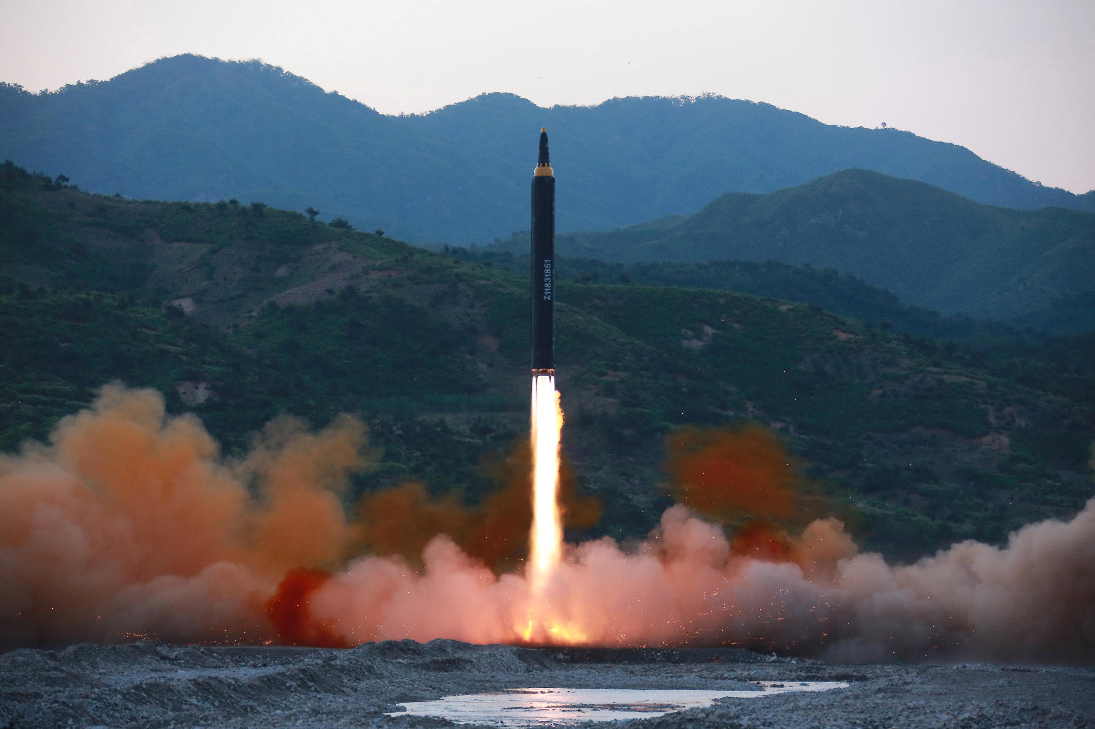 La prueba del misil norcoreano Hwasong-12