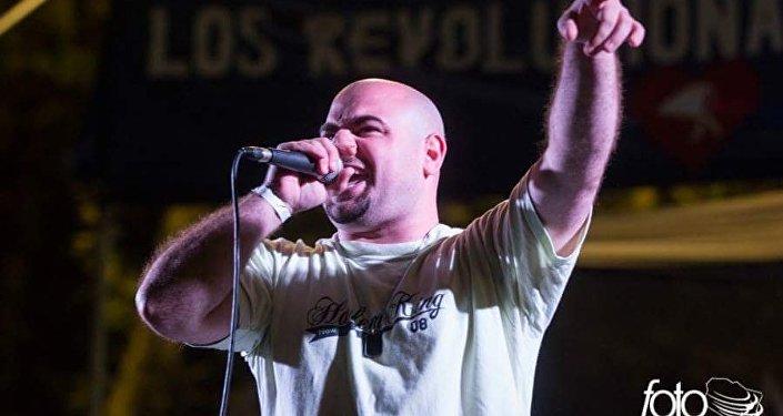 Daniel Devita, el rapero que cuenta lo que otros callan