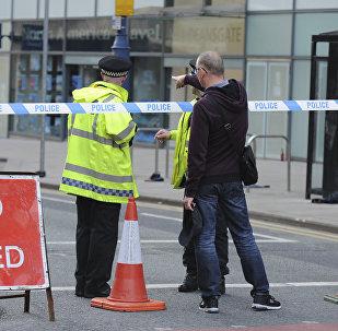 Policía bloquea el paso cerca de lugar del atentado en Mánchester, Reino Unido